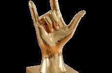 Tượng bàn tay bằng composite nghệ thuật