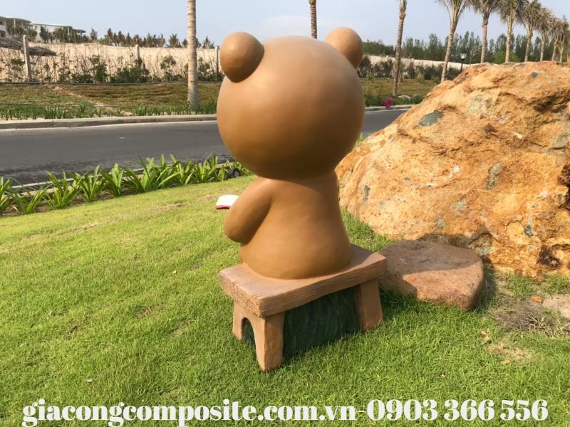 https://giacongcomposite.com.vn/mo-hinh-composite-gau-nau-doc-sach