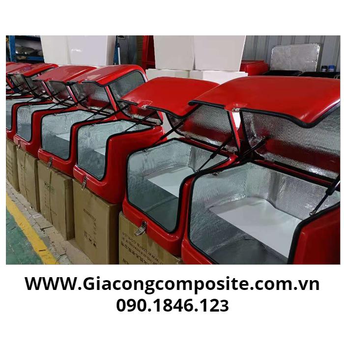 Thùng hàng composite chuyển phát nhanh