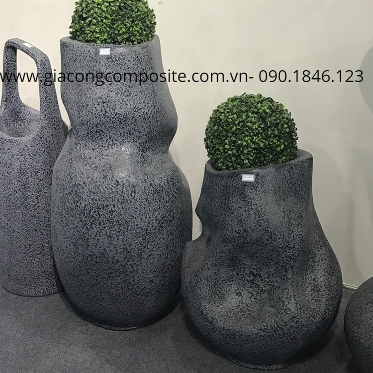 sản xuất chậu hoa composite theo yêu cầu
